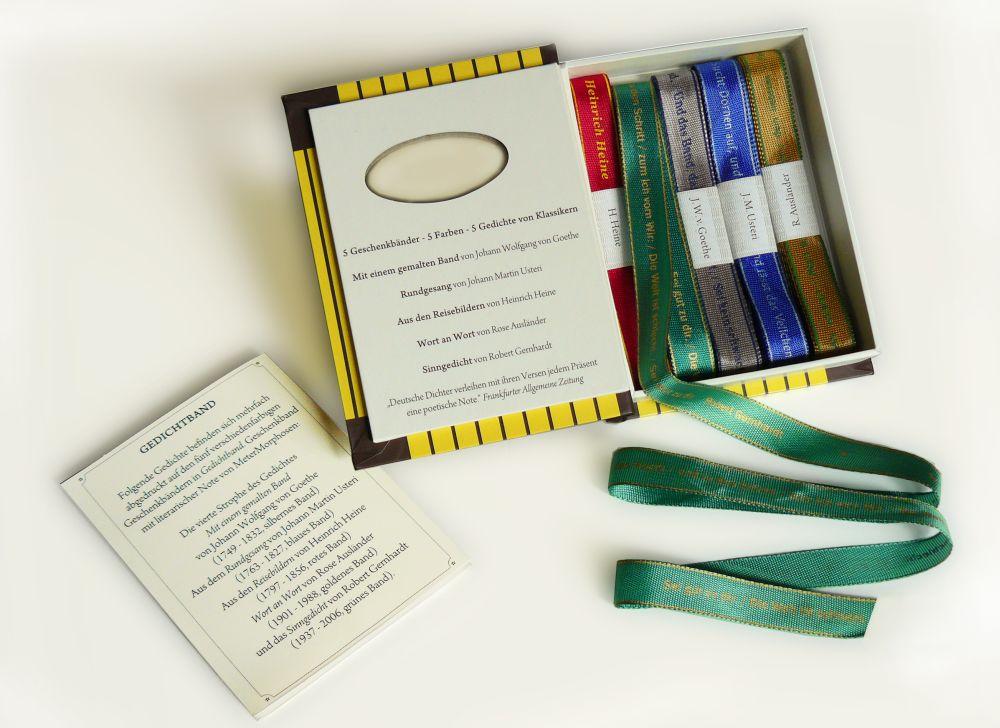 Hach, ja, so wird das Verpacken zum lyrischen Ereignis. Foto: Metermorphosen