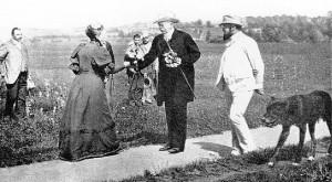 Otto von Bismarck auf einem Spaziergang mit seinem Leibarzt Dr. Schweninger