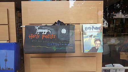 """Beispiel für Lesekisten""""Harry Potter"""""""