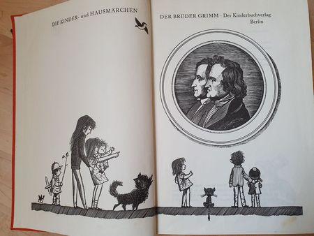 Titelblatt der Grimmschen Märchen in der Ausgabe aus dem Kinderbuchverlag Berli