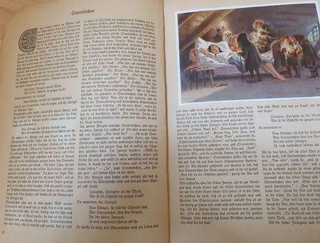 Doppelseite Sneewittchen mit Bild, Sneewittchen liegt auf einem Zwergenbett, die Zwerge stehen drumrum